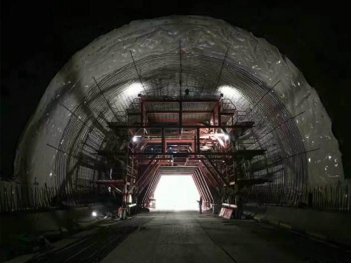 北京隧道内施工案例