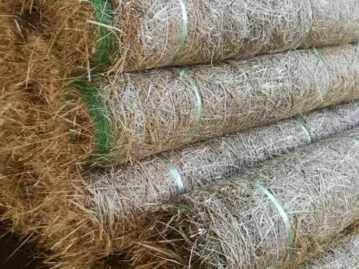 秸秆生态护坡毯